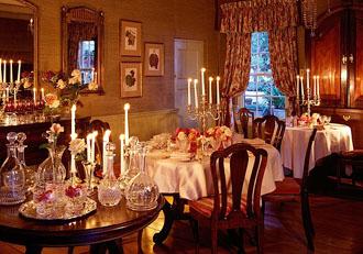 Kurland Hotel dining room